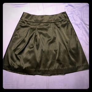 White House black market size 6 black satin skirt